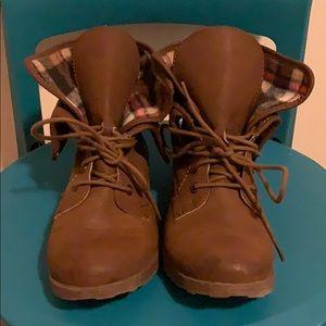 Plaid combat boots